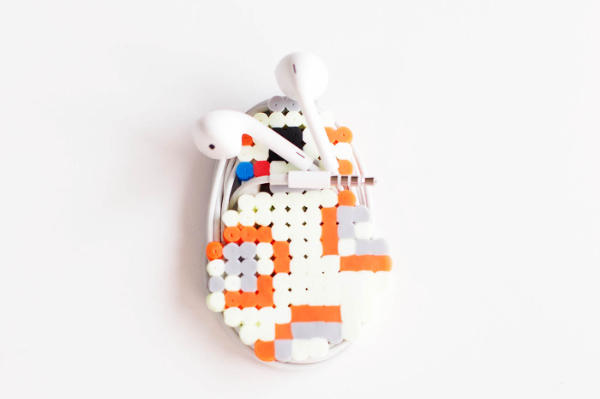 BB8 Perler Bead Earbud Cord Holder