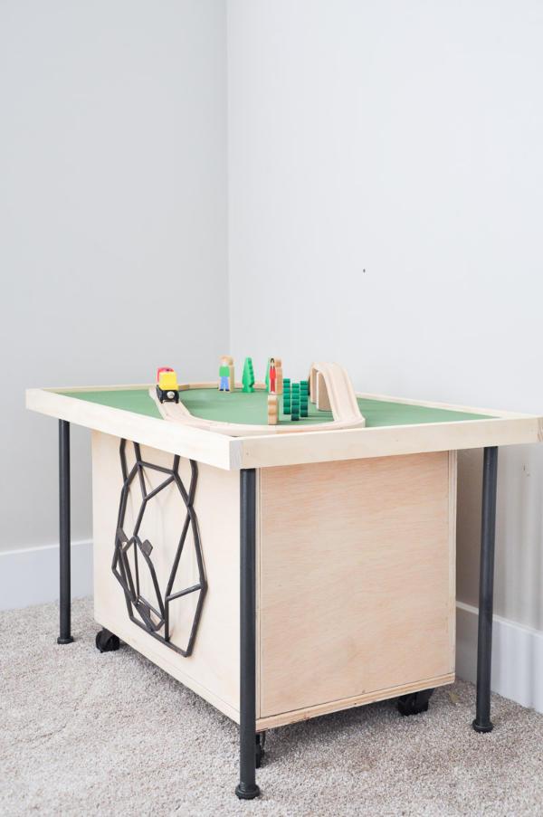 Designer Stylish Train Table with Storage