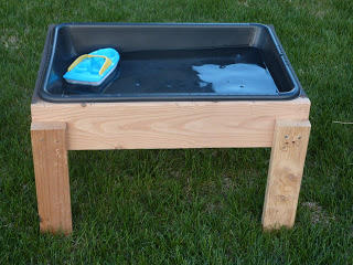 Easy Cheap Wooden Water Table Idea
