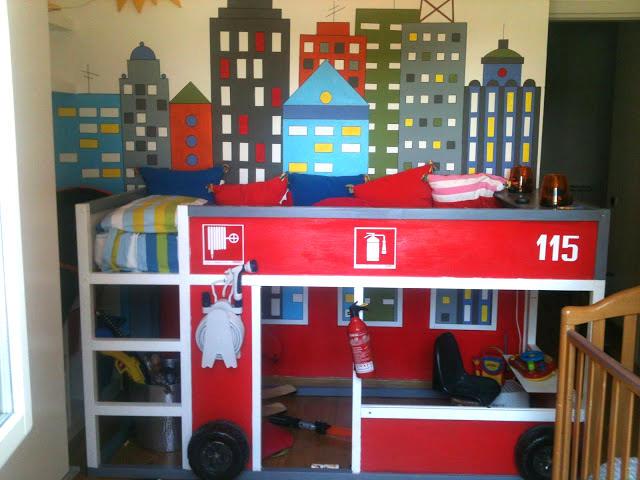 Kura Fire Truck Bed for Boys