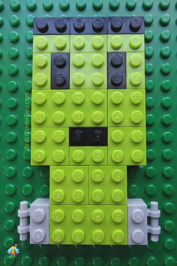 Frankenstein's monster done in LEGO mosaic! Super easy to make. This is a fun Halloween activity!