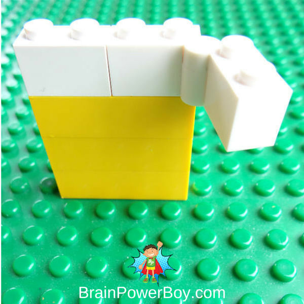Easy to make door for LEGO Leprechaun Trap (or any other building)