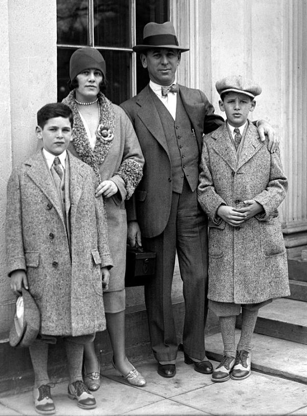 Picture of Rube Goldberg with his Family