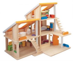 Dollhouse for boys in yellow, blue and green