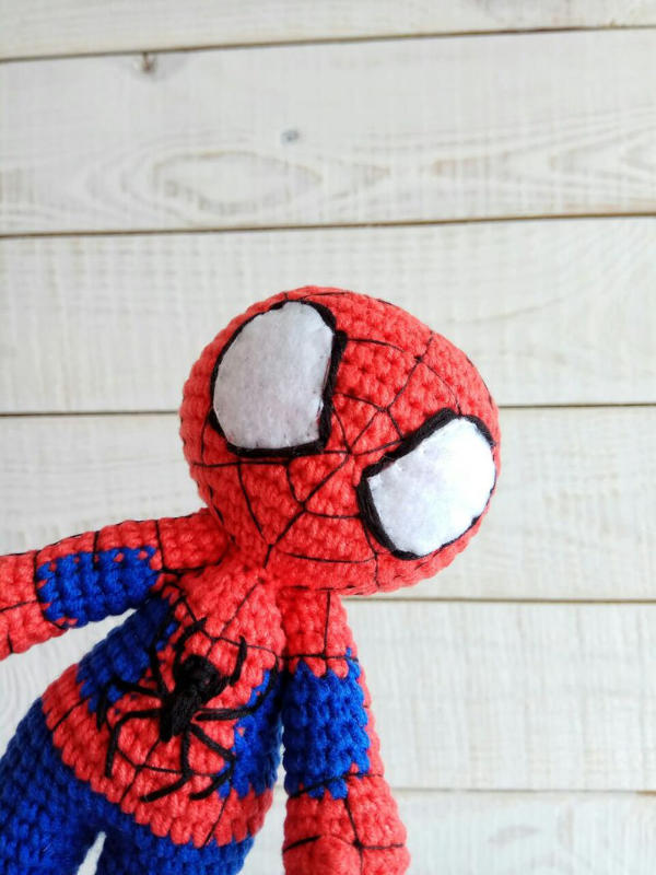 Spiderman Amigurumi Pattern