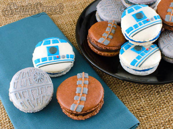 Star Wars Macarons Cookie Decorating Idea