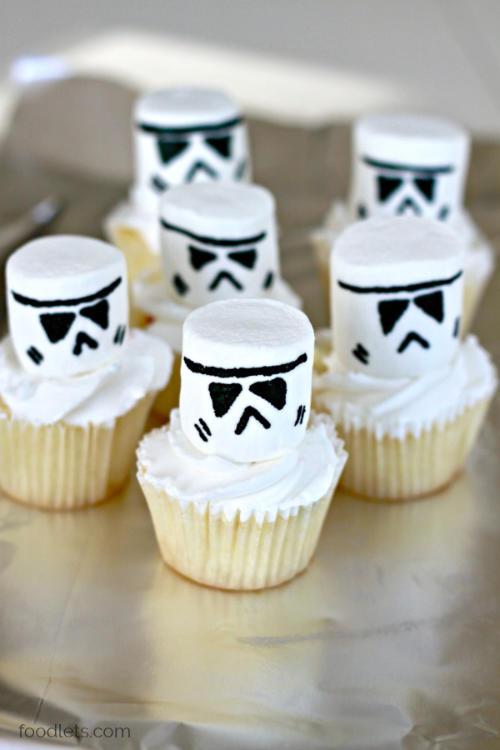 Storm Trooper Cupcakes