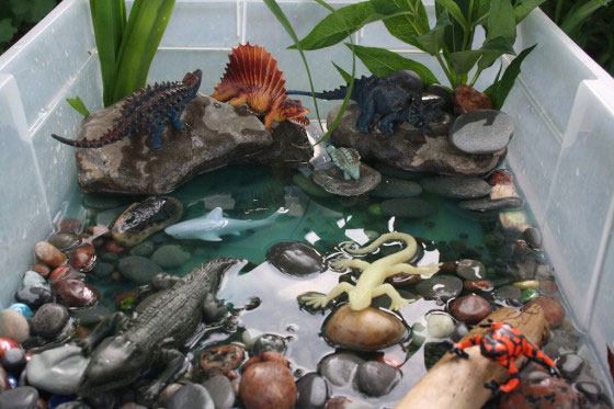 Dinosaur Activity Bin